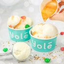 [GIVEAWAY] @YoleSingapore has recently launched a Christmas special golden sauce that sparkles✨Glittery sweet melon-ish taste that's somewhat too acquired for my likings?..