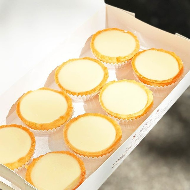 Beancurd Tarts [S$10.00/8pcs] ・ Featuring favourite beancurd tarts from @LeCafe_SG ・ Blk 42 Cambridge Road #01-02  Singapore 210042 ・ #Burpple #FoodieGohFarrerPark ・ ・ ・ ・ #instadailyphoto #photooftheday #followme #follow #tslmakan #food #foodstagram #foodgasm #sgfoodies #sgfoodie #foodsg #singaporefood #whati8today #sgfoodporn #eatoutsg #8dayseat #singaporeinsiders #singaporeeats #sgfoodtrend #sgigfoodie #thisisinsiderfood #foodinsingapore #foodinsing #dessert #beancurd #tart