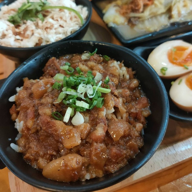 Eat Three Bowls set ($15)