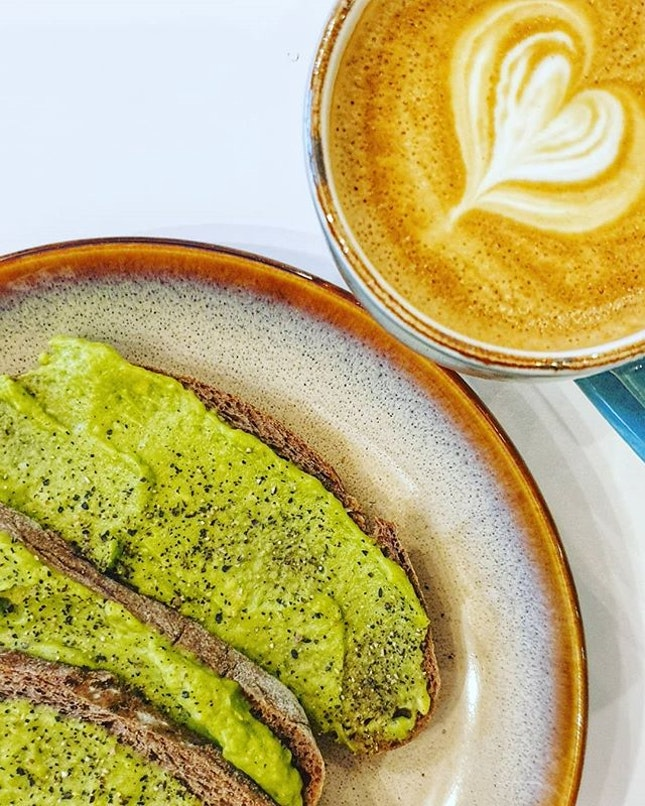 Avocado 🥑 x Toast 🍞 x Coffee ☕ : : #singapore #sg #igsg #sgig #sgfood #sgfoodies #food #foodie #foodies #burpple #burpplesg #foodporn #foodpornsg #instafood #gourmet #foodstagram #yummy #yum #foodphotography #sgcafe #sgcafes #sgcafefood #weekend #saturday #brunch #breadyard #avocado #avocadotoast #bread #coffee