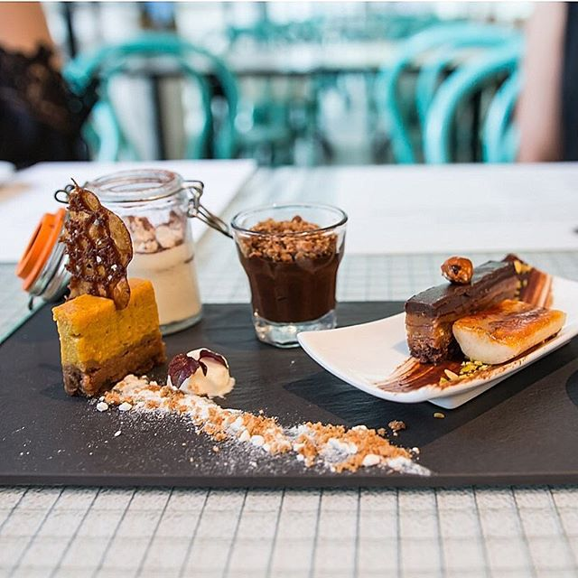 [New review] We were recently invited to try out Skyve Wine Bistro's new a la carte dinner menu, which included Uni Spaghettini ($20++ for appetiser, $38++ for main), Daizu Portobello Burger ($34++) and this Dessert Platter ($25++)!