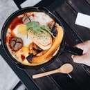 Baked Eggs Sizzle