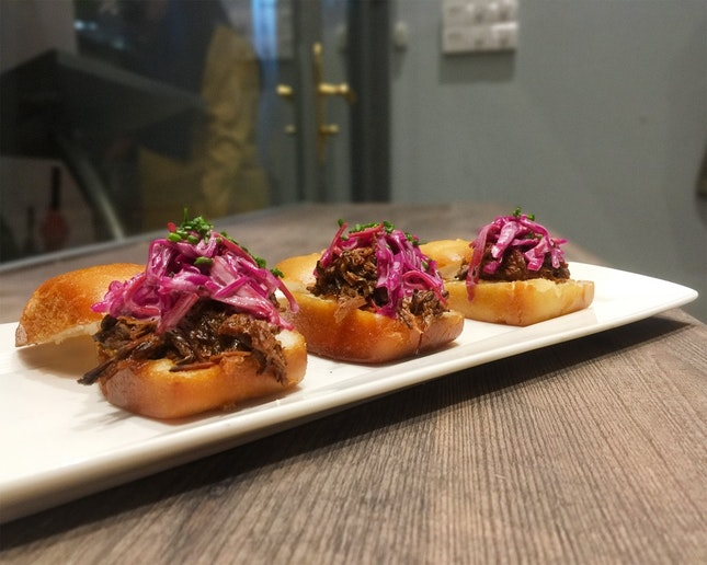 Pulled Beef Mantou Sliders