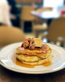 Pancakes with Banana Walnut ($9.50, originally $19)