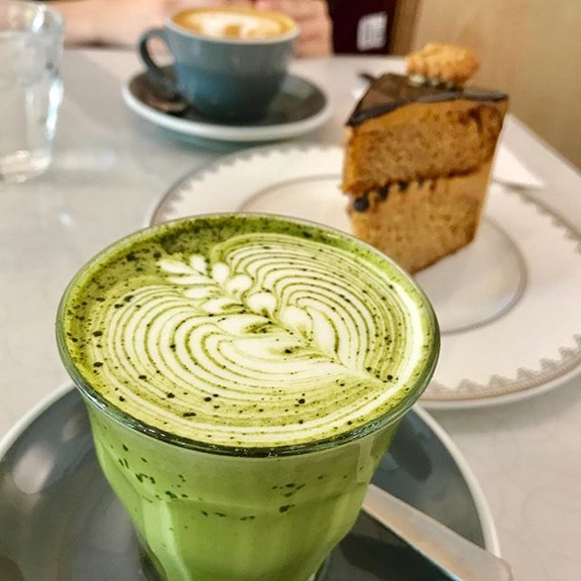 A new establishment from the owners of Strangers' Reunion, Wakey Wakey perks me up with the gao gao gao matcha latte!!