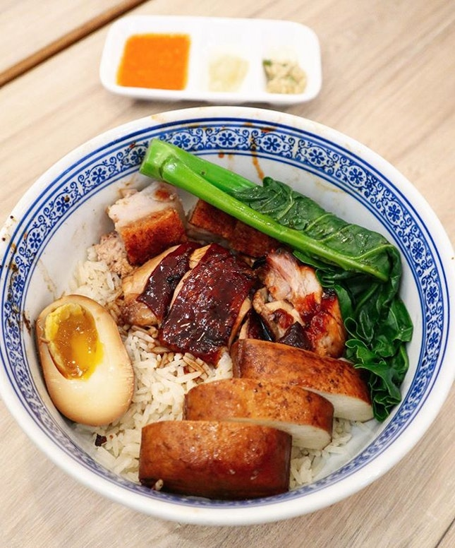 Always love to have a traditional pork and chicken rice bowl.