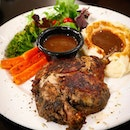 The mouthwatering Duck Confit served with mashed potato and veggies!