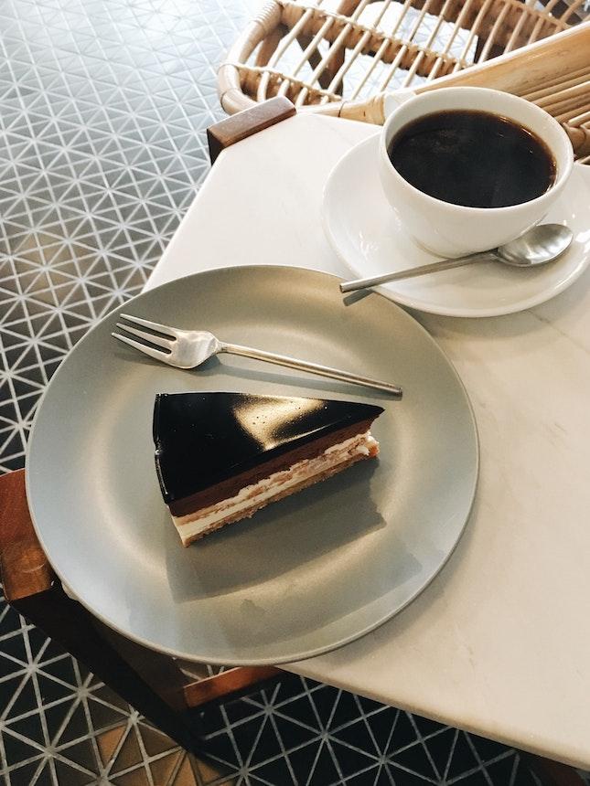 Americano (RM6) | Chocolate Cake