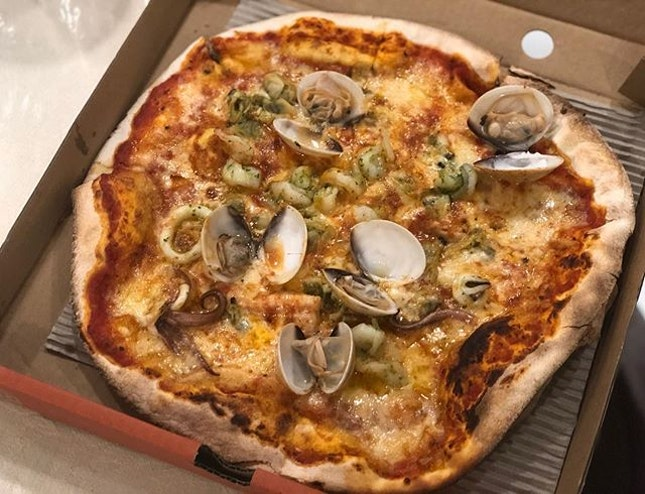 Frutti Di Mare 🍕🍴Squid, Prawns, Venus clam, Oregano 🦑🦐😋