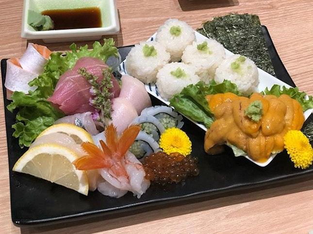 Sashimi & Uni Platter 🍣🍱🥢😋 Ratings: 7/10 Price: $65