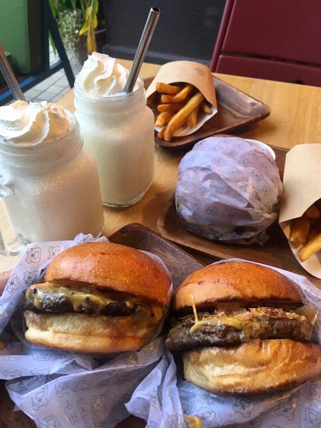 Baby Huey Burger Set
