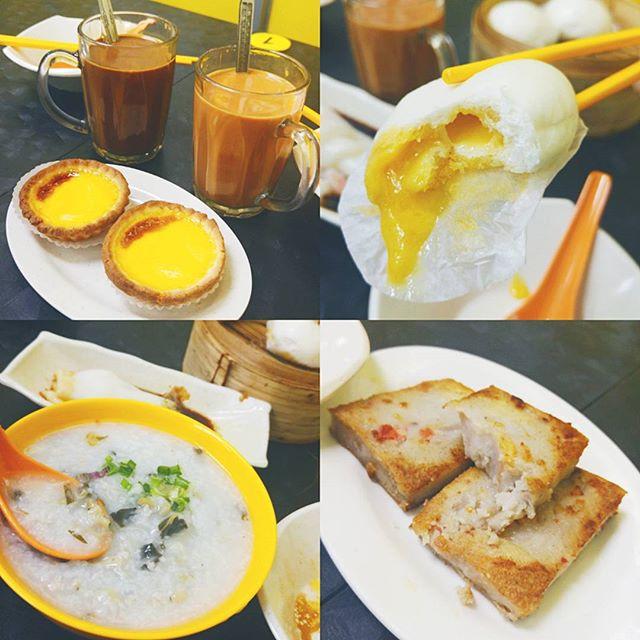 生病时要吃早茶。#victorskitchen #burpple #burpplesg 除了他家最有名的流沙包其他的都好吃的不得了的奇怪现象😂 #싱가폴맛집
