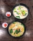 Popular Fish Soup Bee Hoon