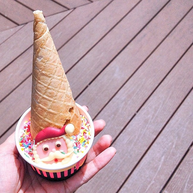 Christmas special ($4.80), a scoop of your choice, a Christmas chocolate, toppings and a cone on top.