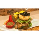 | 🍔 Green Curry Chicken Burger ?!...