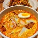 Laksa Lemak gravy with 'Mee Tai mak' instead of the laksa noodles..