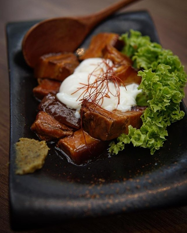 Pork Belly For folks dining @unagiyaichinojidining, the unagi is not only the highlight, there are other sides like this pork belly which stands out too!