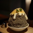 Hojicha Kakigori Don't miss out this fine ice treat by @ramenchampion_sg!