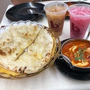 🐧This is comfort food, Butter Naan, Butter Chicken 🐥 Masala, Tissue Prata, Mee Goreng (Mamak Style)..