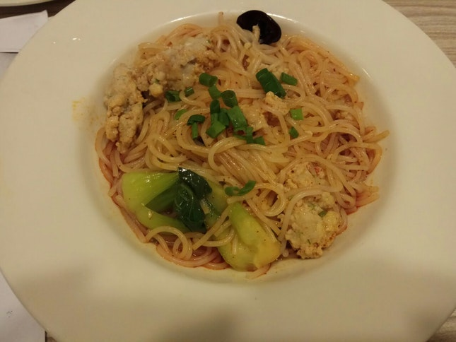 J2 Minced Pork And Spicy Sour Noodles 7.8++