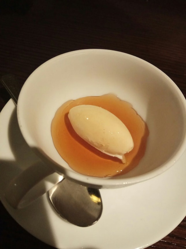 Milk Ice Cream With Citrus English Tea (Po5c)