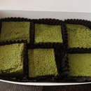 Matcha Blondies 9.7nett