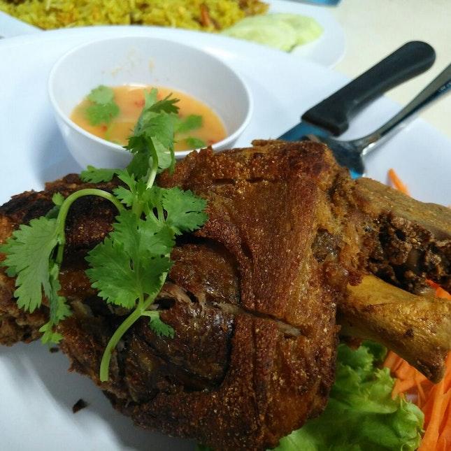 Maggie Thai & Chinese Restaurant