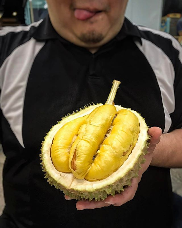 Either you love or hate it, and like many others, I adore this fruit and this is my current crush of the season.
