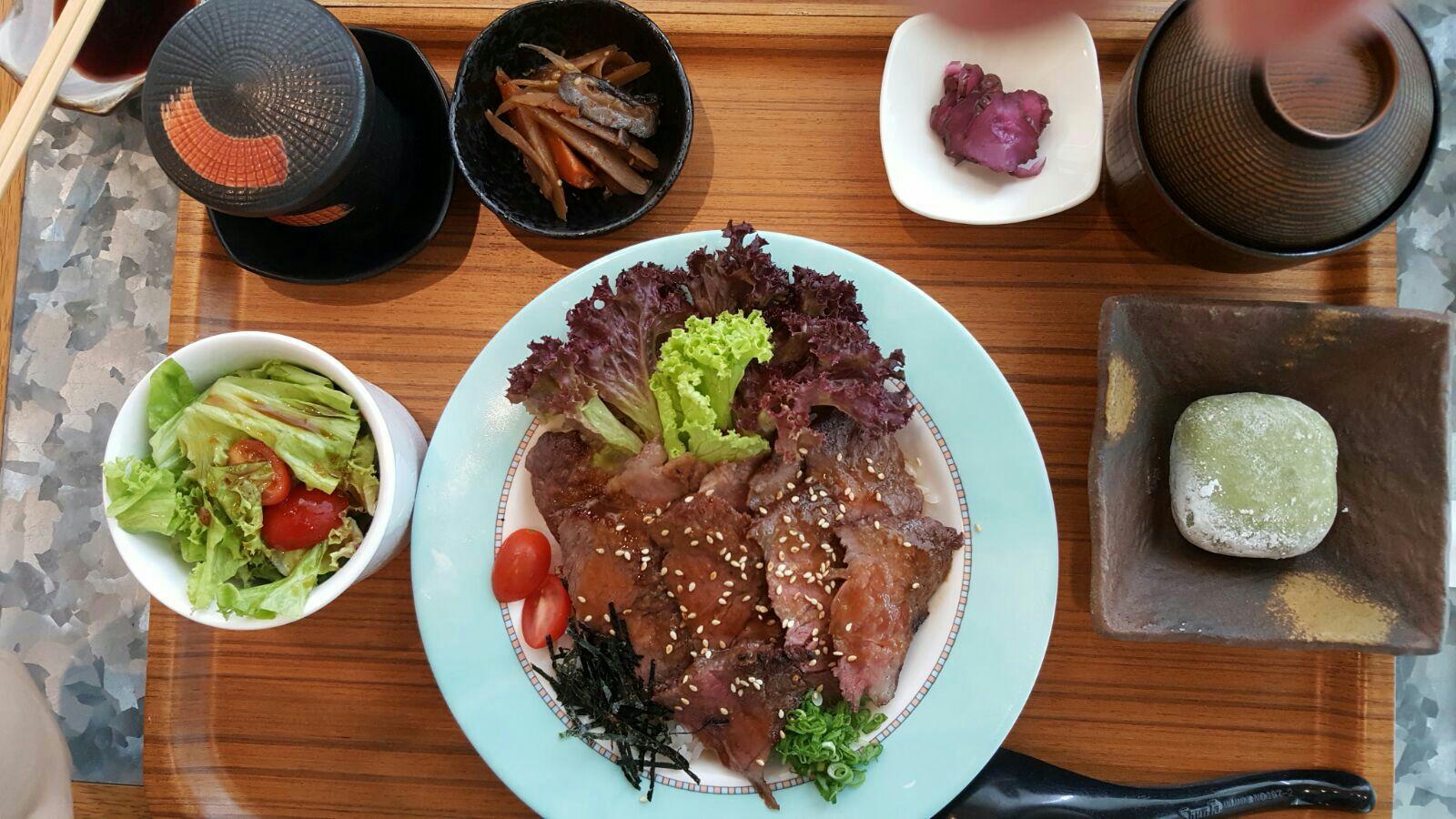 Japan Wagyu Aburi Don Set