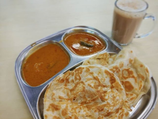 A perfect Roti Prata should have thin & flaky layers upon layers to get that firm texture.