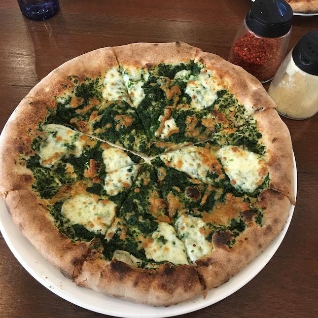 Spinaci Classic Pizza