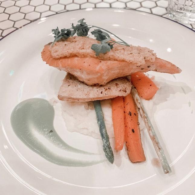Salmon with Almond Crust