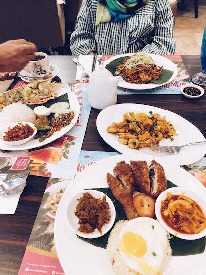 Halal Dining By A M Y Halal Burpple