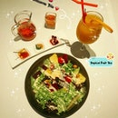 SUFOOD Salad & Drinks