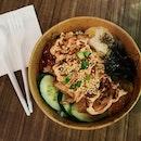 📍 Kenboru  Located inside SMU is Kenboru and they serve ricebowls here!