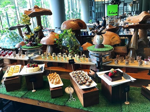 Lime lunch buffet ($48) .