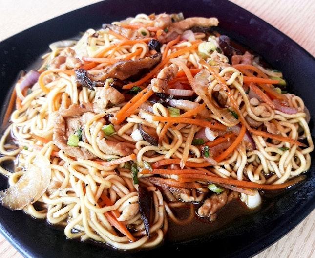 Stir fry Noodles with Shredded Pork ($4.80)