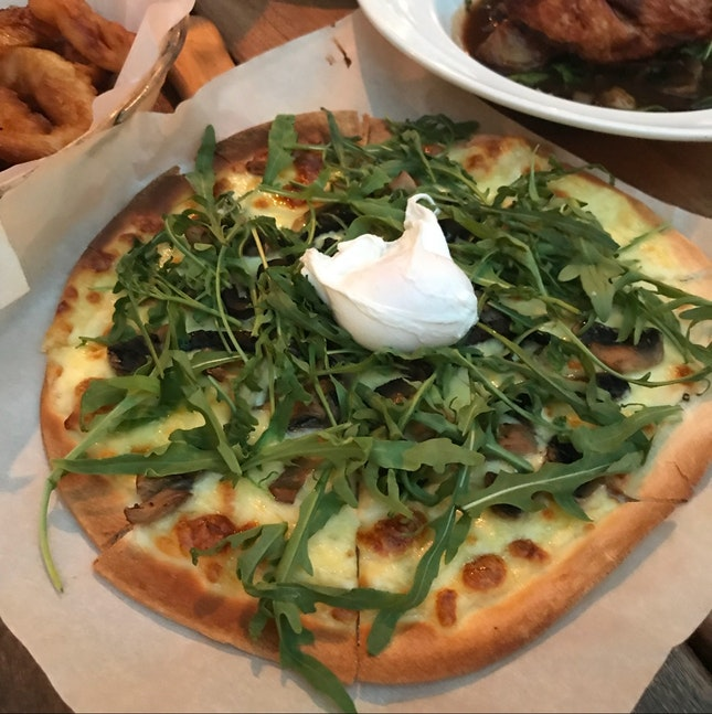 Truffled Field Mushroom Madnesss Pizza