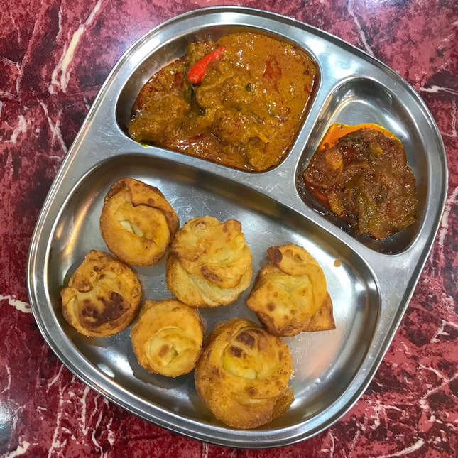Coin Prata w/ Mutton Curry