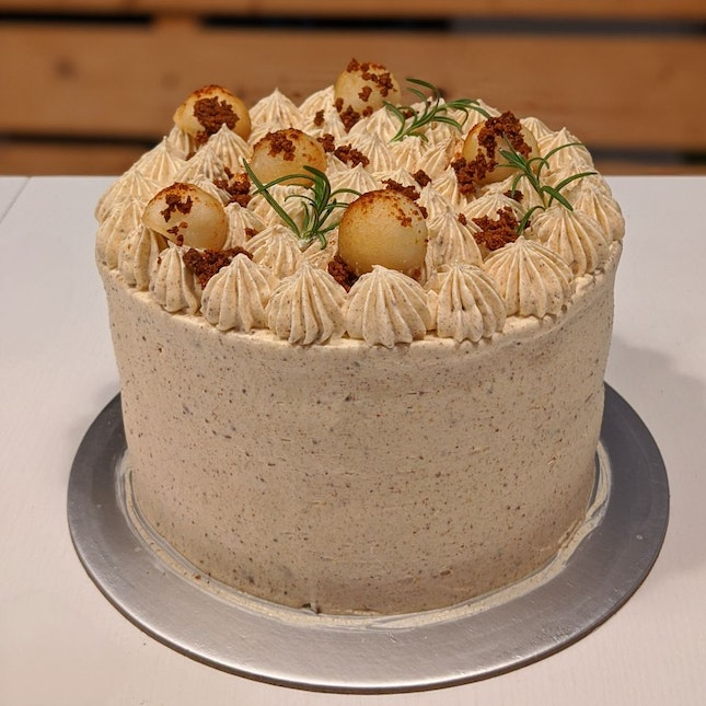 Brown Butter Spiced Pear Chocolate cake