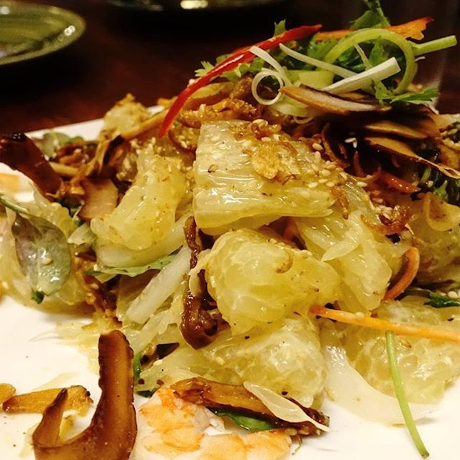 If the beef salad was amazing, the pomelo salad was SUPER AMAZING!