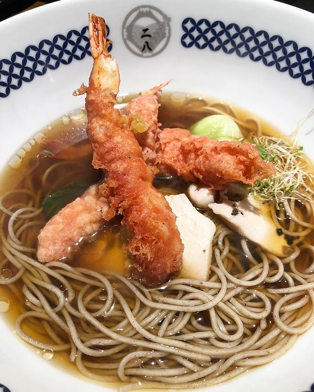 I ordered the seasonal soba which came with really large tempura prawns coated with a seasonal batter and tender chicken breasts and truffle oil.