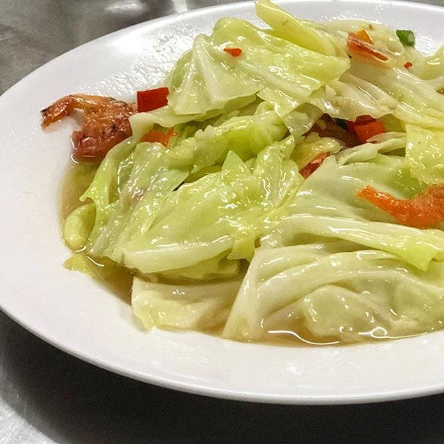 Cabbage with fish sauce.