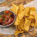Chips w Pico de Gallo