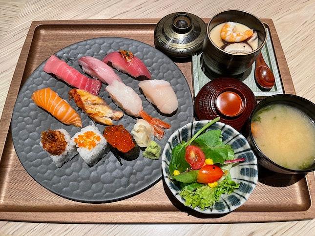 千両特選寿司セット  $30.50