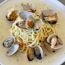 Spaghetti Vongole  $25