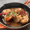 Gambas al pilpil ($19)  Sizzling prawns in virgin olive oil and garlic.
