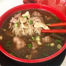 Seng Kee is well known for their herbal mee sua.