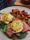 Eggs Benedict (Bacon)