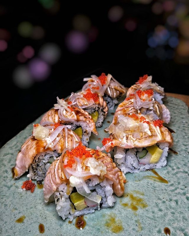 _ 안녕하세요 _ Tantalise your tastebuds to the freshest seafood, hand-rolled sushi & sashimi, barbecue roast & delectable Korean cuisine  @SeanBlueRestaurant; a 350-seater ocean-themed enclave offering Continental & Korean Buffet; launched since Aug 2017 @MarinaBaySands!